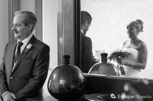 enrique-roman-fotografo-de-bodas-manresa-vic-igualada-barcelona-casino-peralada-jonathan-luz-1241