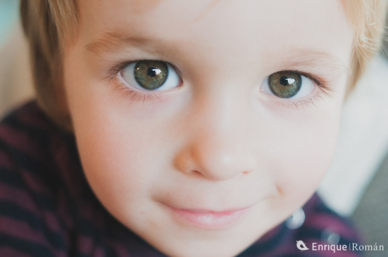 enrique-roman-fotografo-de-bodas-manresa-berga-barcelona-madrid-londres-kids-are-great-roger-1008